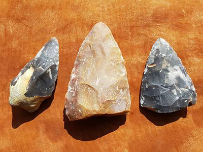 PT0022-pointed-handaxes