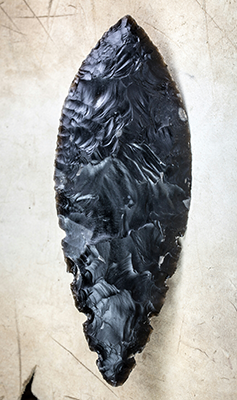 Bronze age beaker flint dagger blade